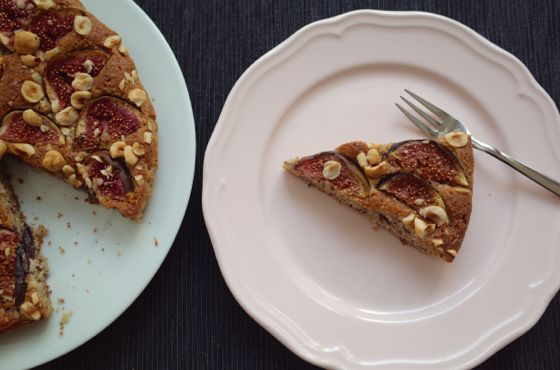 gluten free almond cake with fig and hazelnut recipe