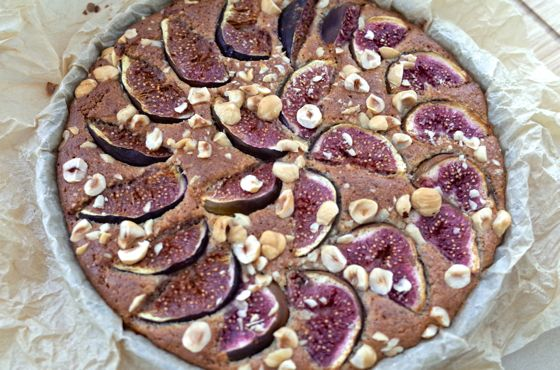 almond cake with fig and hazelnut recipe