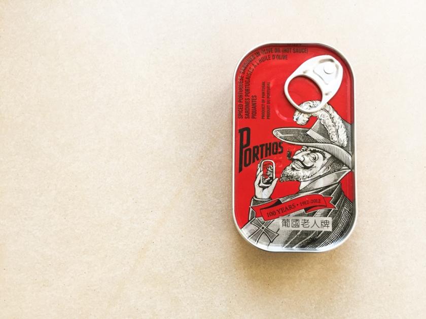 Sardine noodle tin