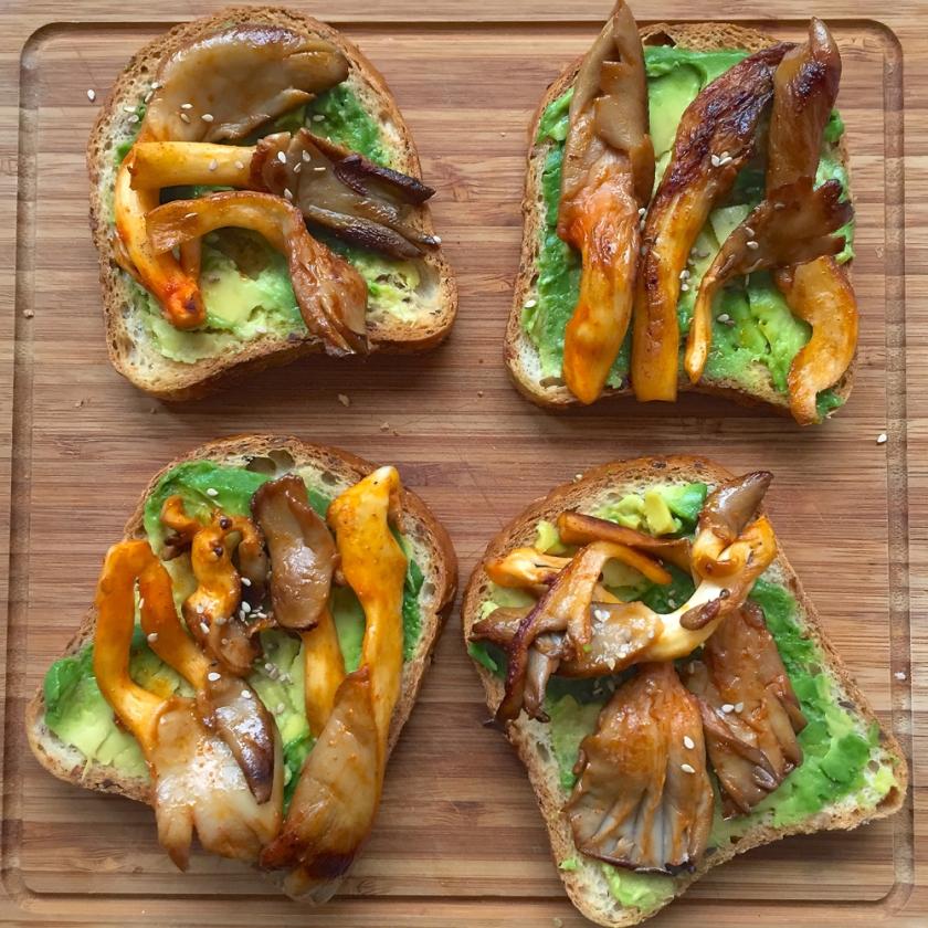 gluten free spicy mushroom avo toastie recipe