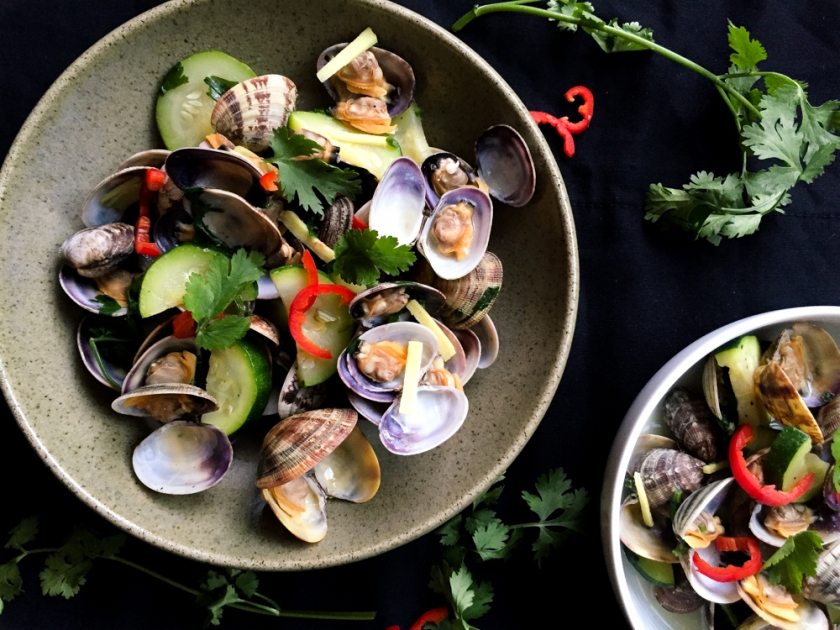 clams with ginger and coriander recipe