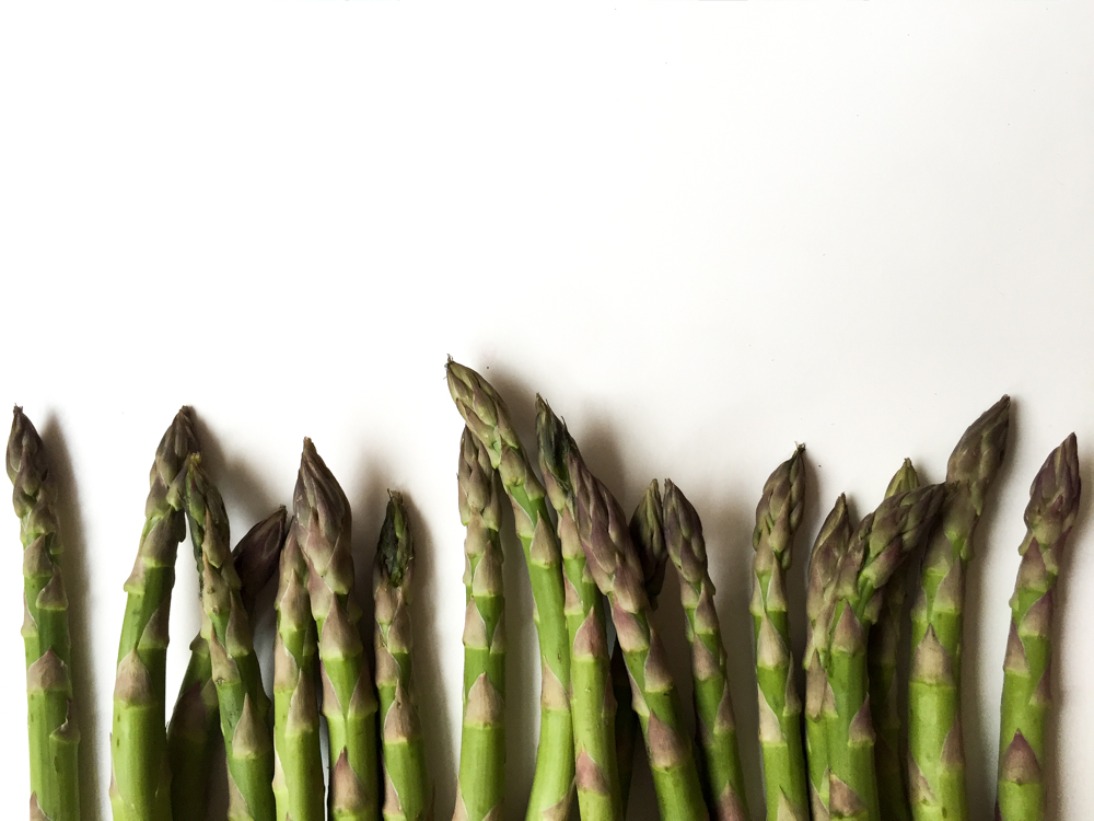 Spring quinoa bowl with asparagus, mushroom, kimchi recipe