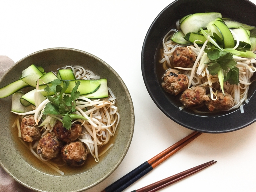 shiitake-meat-ball-noodles-soup recipe