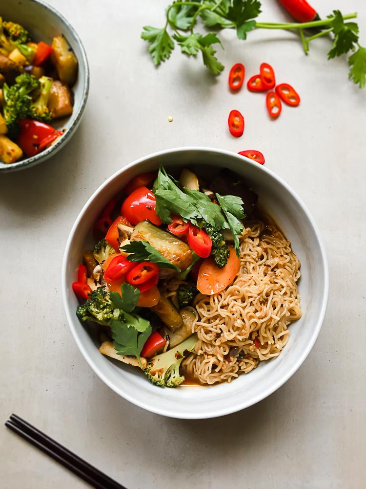 Braised Aubergine Ramen in Spicy Blackbean Sauce recipe