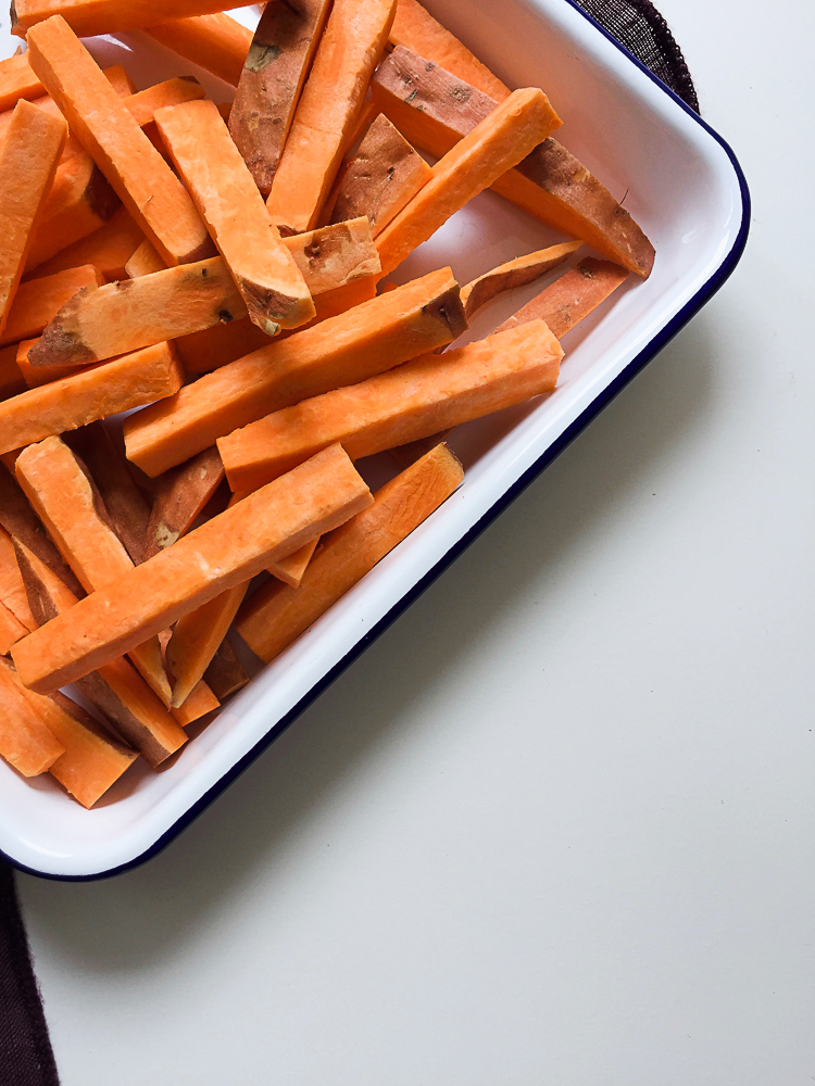 Sweet Potato Fries with Thai Mango Curry Dip recipe